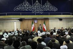 بیانات رهبر معظم انقلاب در دیدار مسؤولین نظام 1394/04/02-تصویری