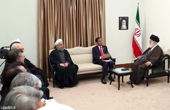 کشورهای اسلامی بر خلاف خواست دشمنان یکدیگر را تقویت کنند