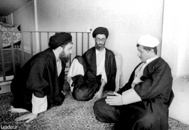 رهبر معظم انقلاب اسلامی و آیت الله هاشمی رفسنجانی و حجت الاسلام والمسلمین سیداحمد خمینی