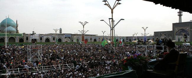دیدار دهها هزار نفر از زائران و مجاوران حضرت علی بن موسی الرضا علیهماالسلام