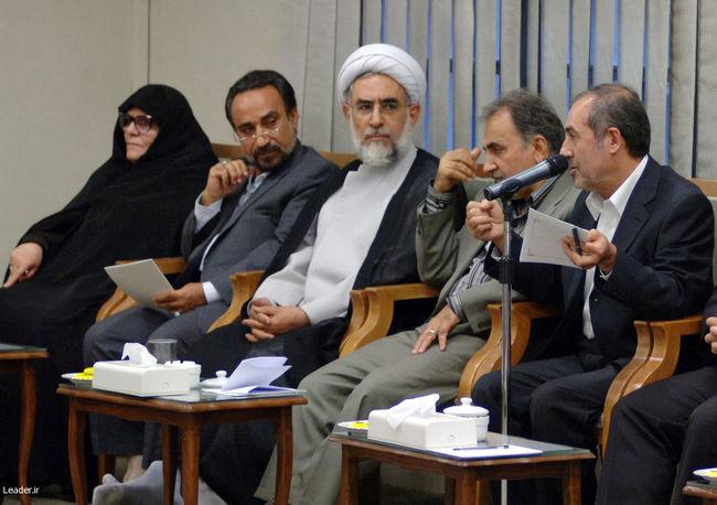 نشست دوستانه مسئولان اجرائی، نظارتی و کمیسیون تبلیغات انتخابات