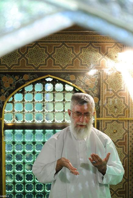 مراسم غبار روبي مضجع شريف ثامن الحجج، حضرت امام رضا عليه السلام
