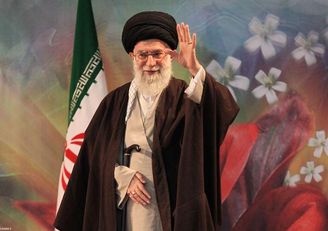 بازگشت رهبر معظم انقلاب به تهران