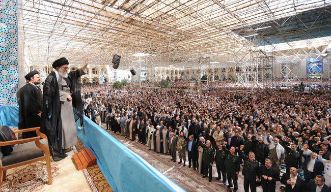 رهبر معظم انقلاب در اجتماع عظیم مردم در سالگرد رحلت امام خمینی(ره)