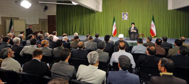 رهبر معظم انقلاب در دیدار رئیس، مدیران و محققان جهاد دانشگاهی
