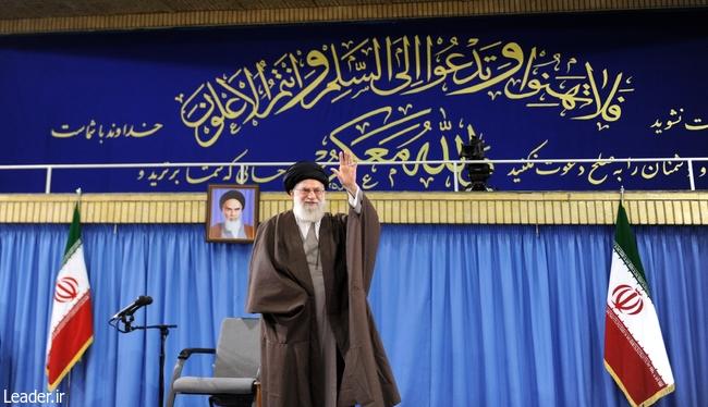 رهبر-معظم-انقلاب-اسلامی-در-دیدار-هزاران-نفر-از-بسیجیان