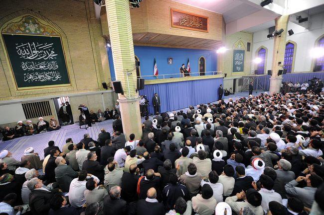 دیدار پرشور هزاران نفر از مردم اصفهان